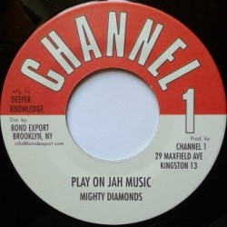 Mighty Diamonds - Play On...