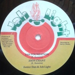 Junior Dan & Jah Light -...